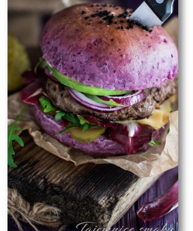 Wołowe hamburgery w fioletowej domowej bułce - Wołowina