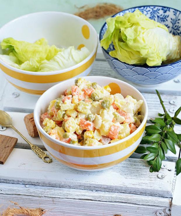 Sałatka ziemniaczana z majonezem - Mięsne