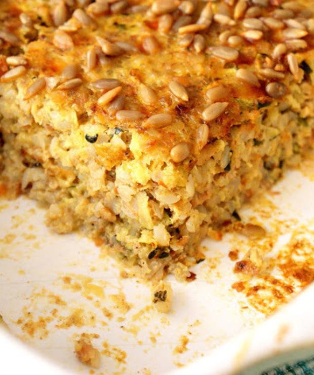 Złocista zapiekanka z kaszą gryczaną,cukinią,mięsem oraz oscypkiem. - Dania z ryżu i kaszy