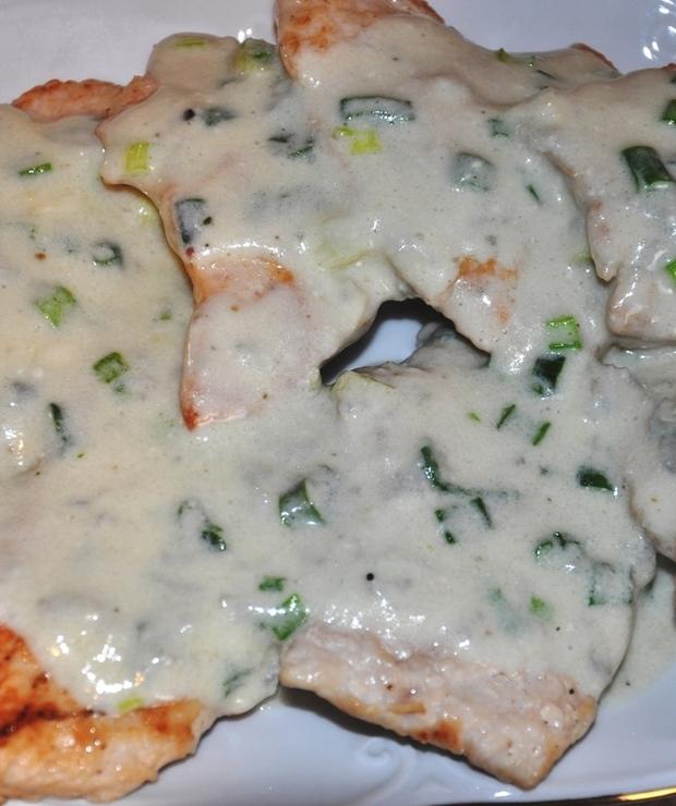 Eskalopki z indyka polane sosem z gorgonzolą - Drób