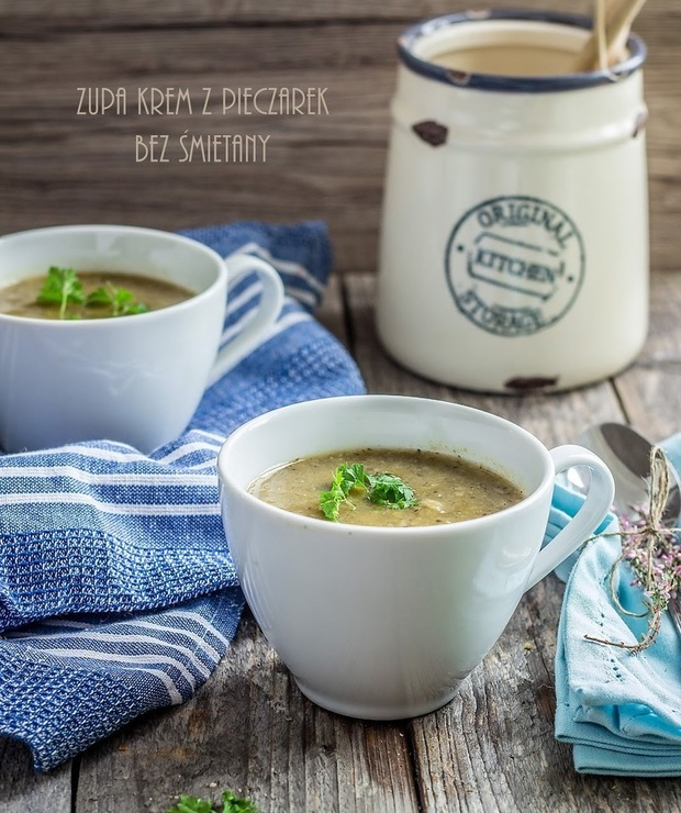 Zupa krem z pieczarek bez śmietany - Kremy