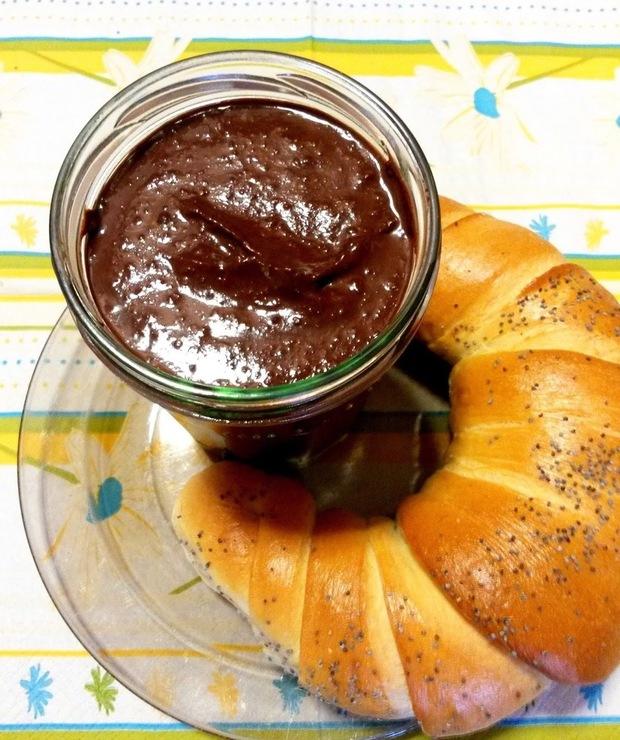 Krem czekoladowy z suszonych daktyli - Pasty do chleba