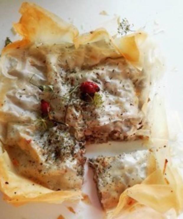 Chorwacki burek z mięsem mielonym w cieście filo - Wieprzowina