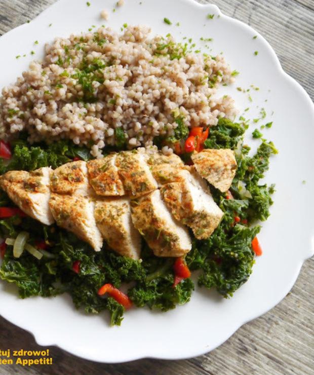 Filet kurczaka na jarmużu - dieta szybka przemiana - faza I - Drób