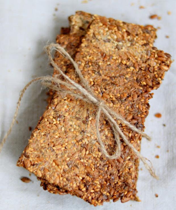 Knekkebrød  czyli Norweskie chrupkie pieczywo  - Chleby