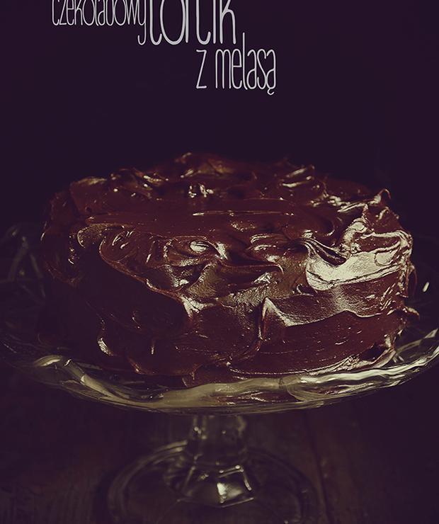 Czekoladowy torcik z melasą  - Torty