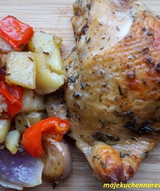 Kurczak pieczony z warzywami - Drób