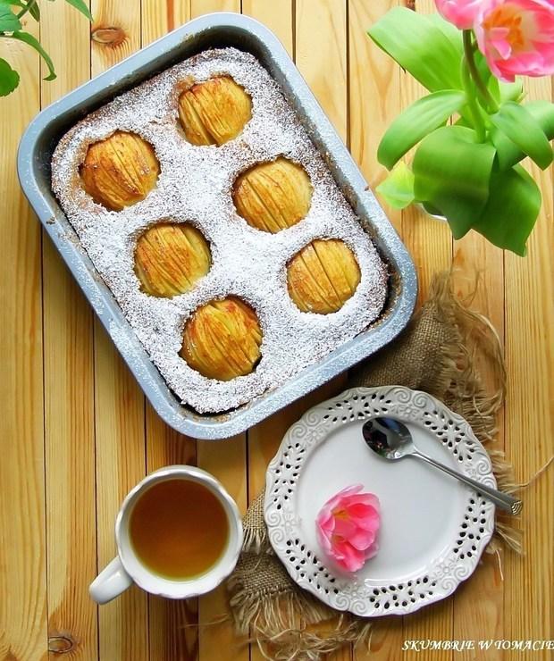 Awaryjne ciasto z jabłkami - Ucierane