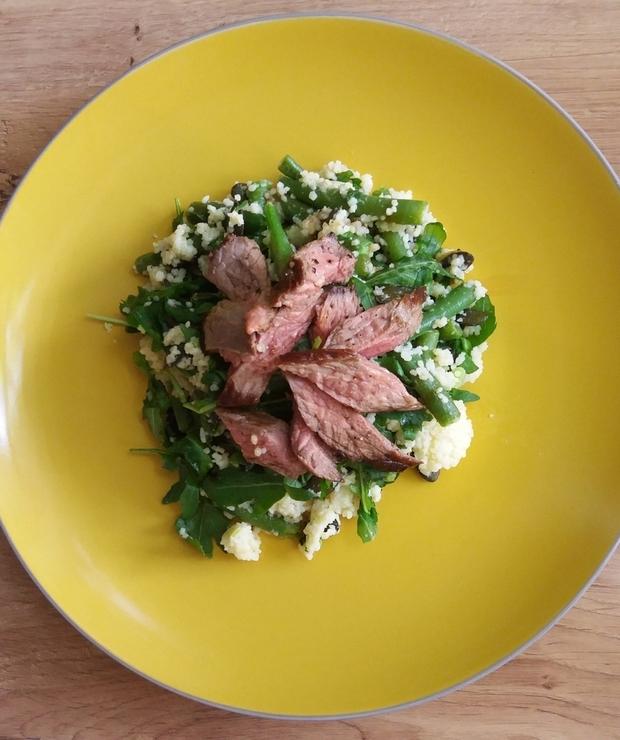 Sałatka ze stekiem i kuskusem - Mięsne