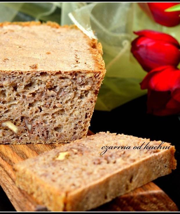 Chleb żytni z orzechami - Chleby