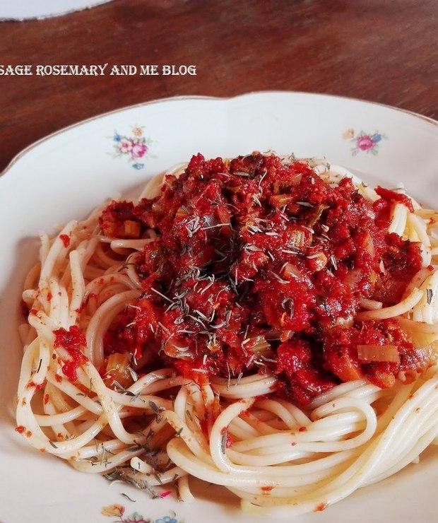 Spaghetti Tofunese  - Dania z makaronu