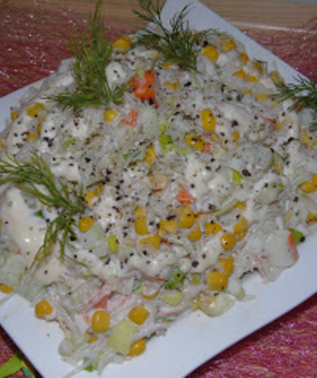 Sałatka z surimi  - Mięsne