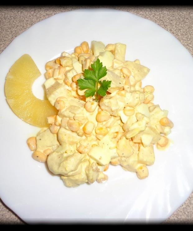 Moja metoda na głoda, czyli sałatka z kurczakiem i ananasem - Mięsne