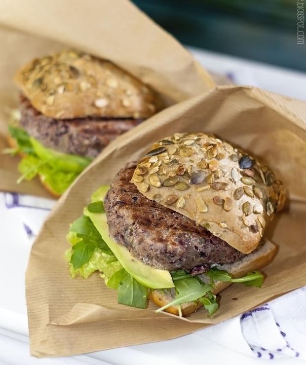 Bezmięsne burgery z fasolką i pieczarkami - Inne