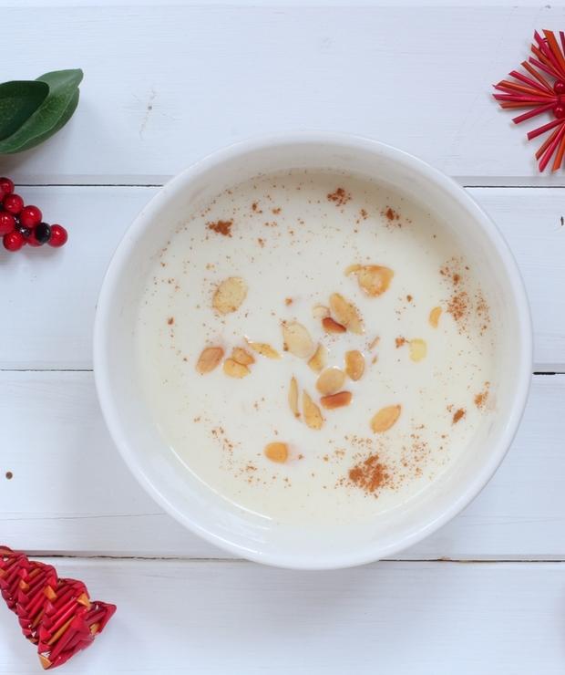 Zupa migdałowa - Inne