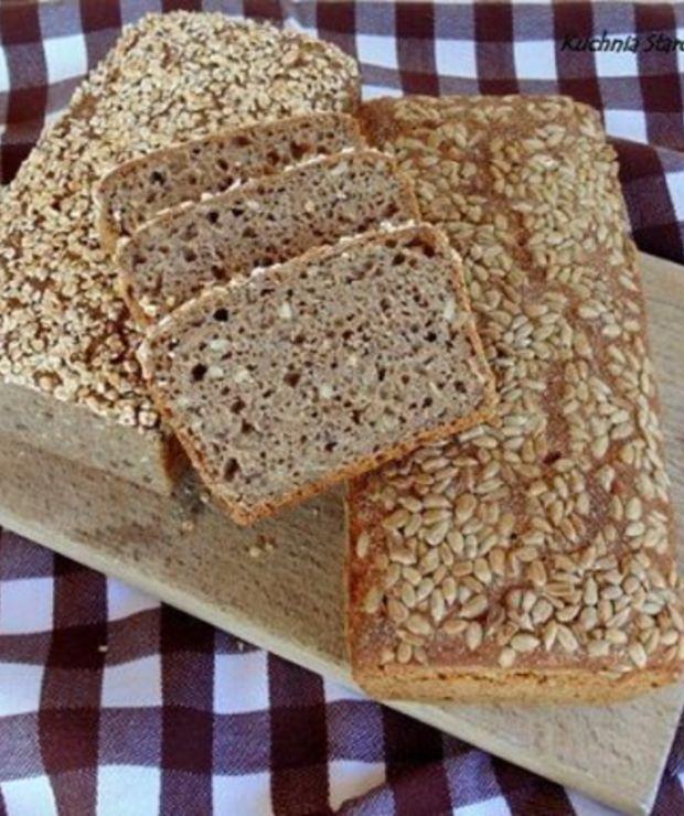 Chleb żytni z dodatkiem mąki pszennej razowej na zakwasie - Chleby