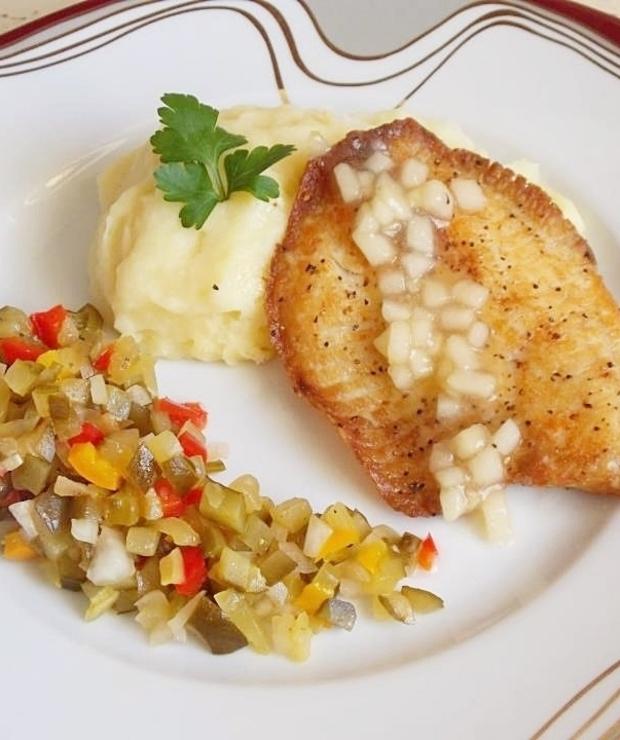 Tilapia na purée z selera z sosem jabłkowym - Inne
