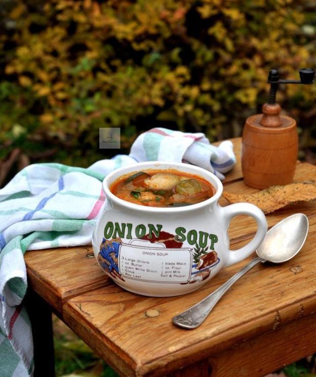 Jesienna zupa z brukselką - Z warzywami