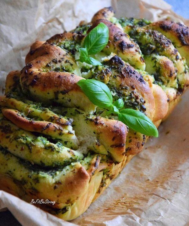 Odrywane drożdżowe z ziołami - Chleby