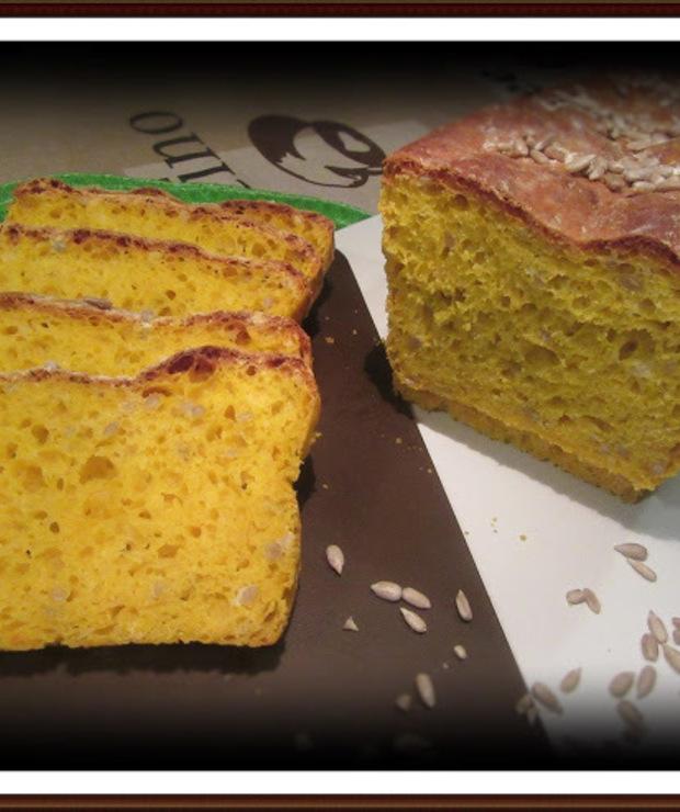 Chleb Dyniowy z Dodatkiem Słonecznika - Chleby