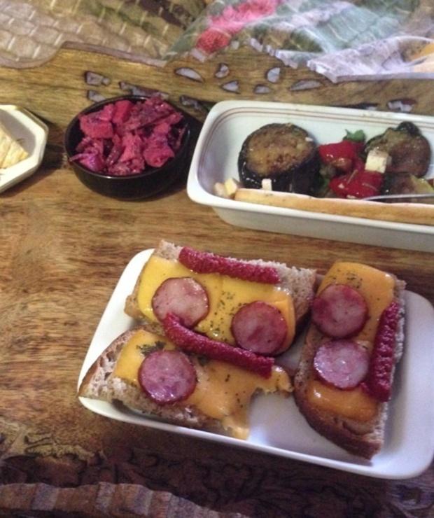 Śniadanie do łóżka - Kanapki i tosty