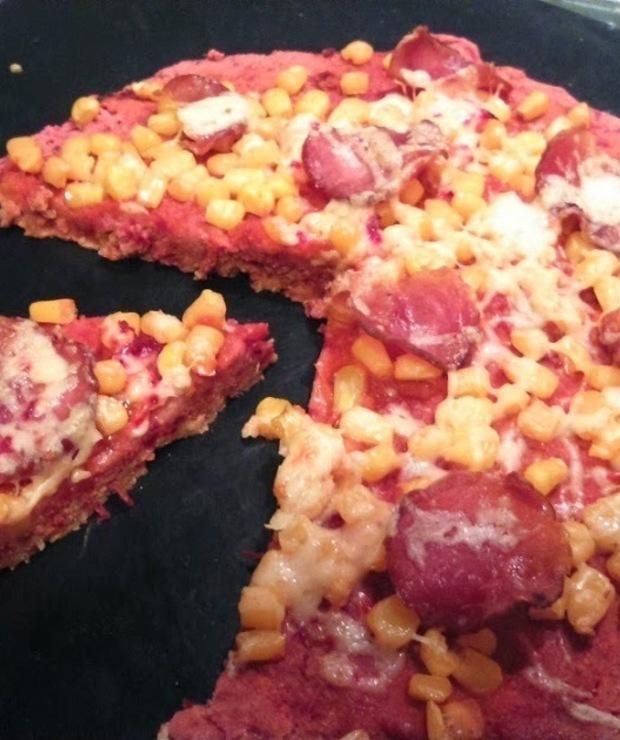 Z OKAZJI wczorajszego ŚWIATOWEGO DNIA PIZZY - RÓŻOWA, BEZGLUTENOWA (wegańska) pizza bez drożdży - Pizza i calzone