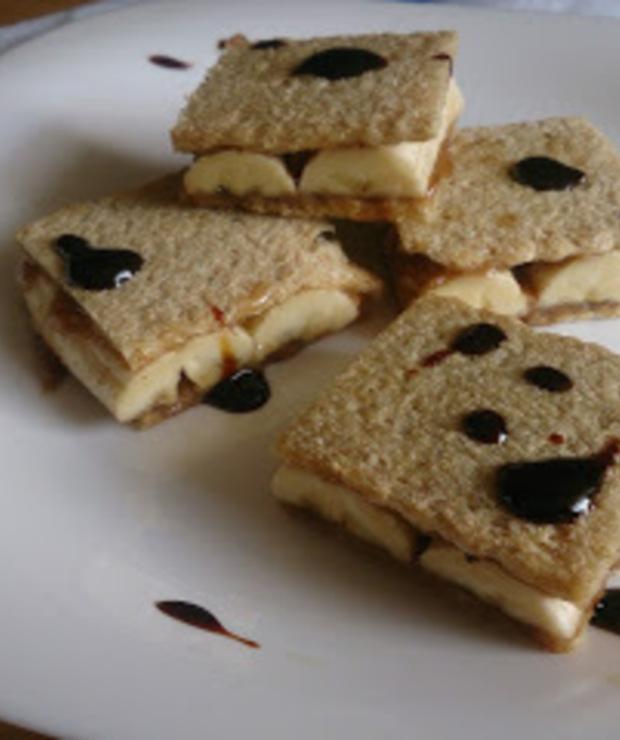 lekki bananowy sandwich z masłem migdałowym - Przystawki i przekąski