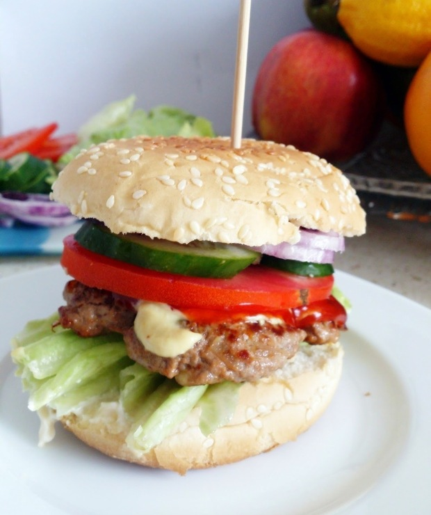 Hamburger w stylu Amerykańskim - Wołowina