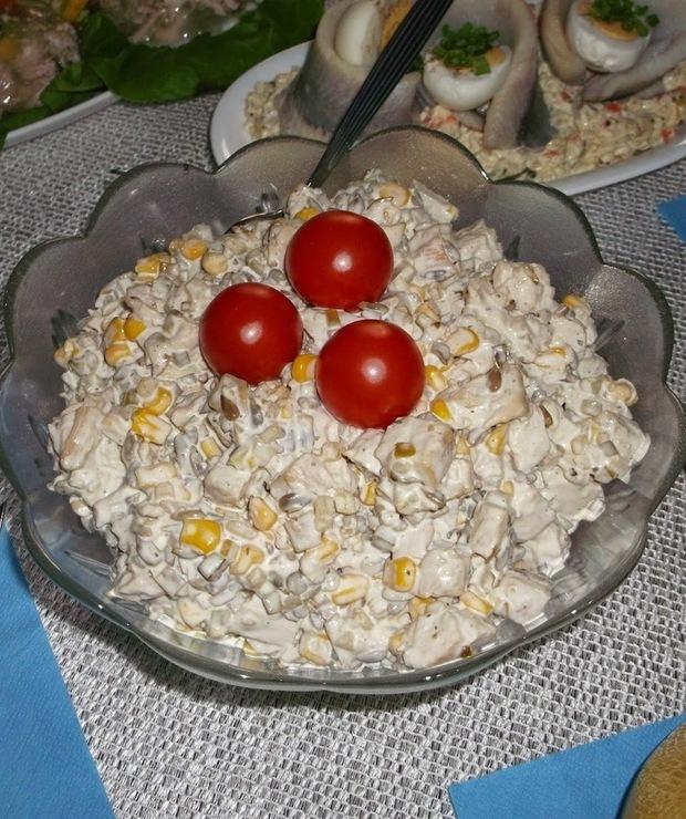 Słonecznikowa sałatka z kurczakiem - Mięsne