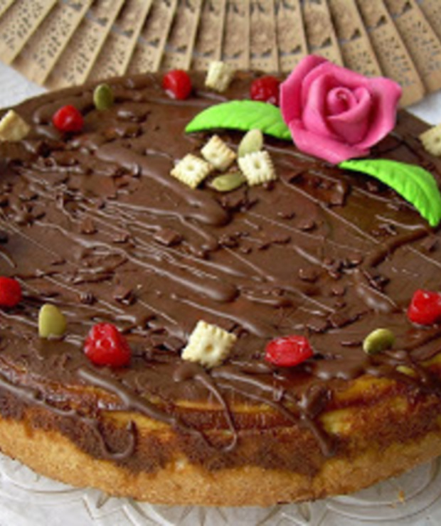 Sernik alzacki z polewą czekoladową - Serniki