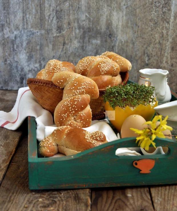 Orkiszowe zające na wielkanocne śniadanie - Bułki
