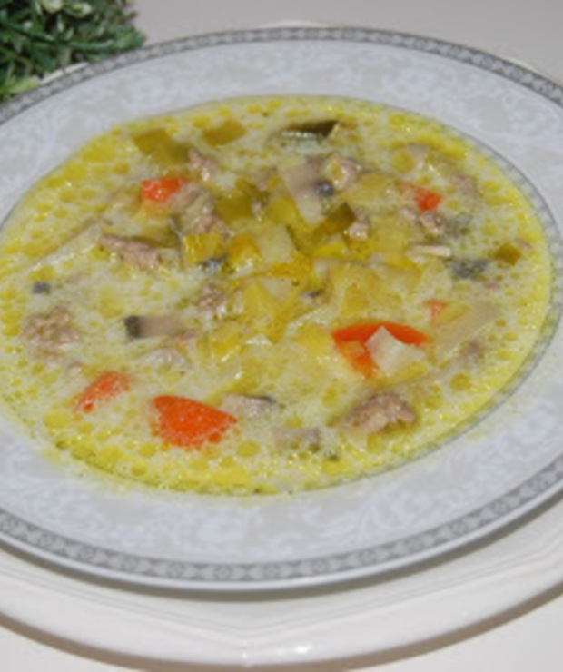 Zupa porowa z mięsem mielonym - Z mięsem