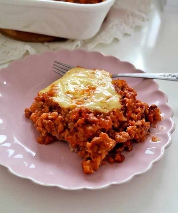 Zapiekanka ryżowa z mielonym mięsem i wędzonym serem - Wieprzowina