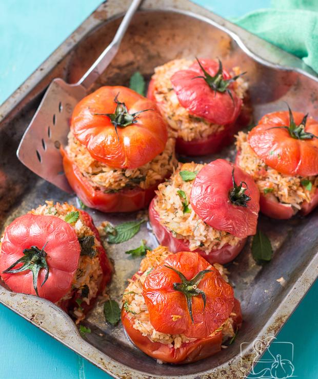 Pomidory faszerowane ryżem i tuńczykiem - Tuńczyk