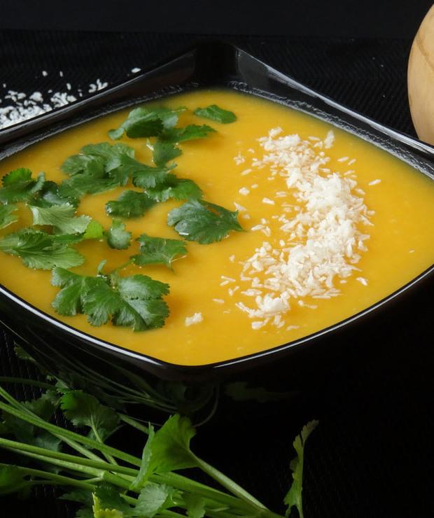 Zupa-krem z dyni z mleczkiem kokosowym - Kremy