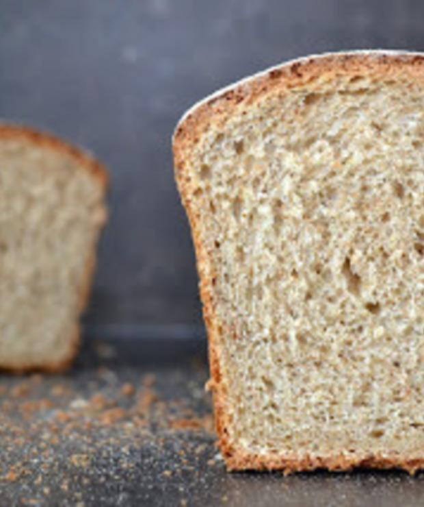 Chleb pszenno-orkiszowy, z ostropestem i nutą kolendry - Chleby