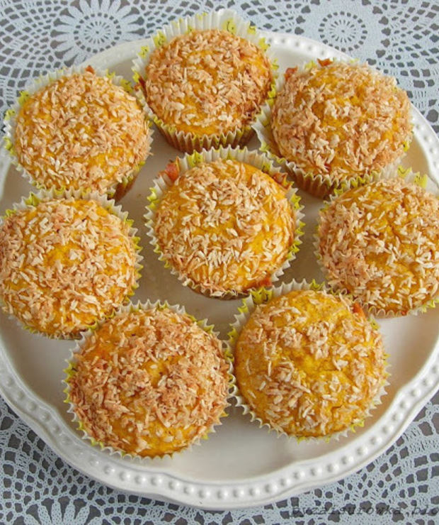 Babeczki dyniowe z posypką kokosową - Muffiny i babeczki