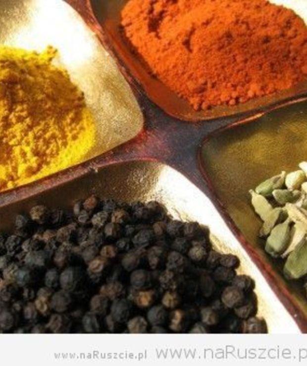 Grillowanie. Przyprawy i zioła – zioła świeże vs suszone - Na gorąco