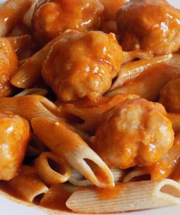 Klopsiki w sosie pomidorowym  - Wołowina