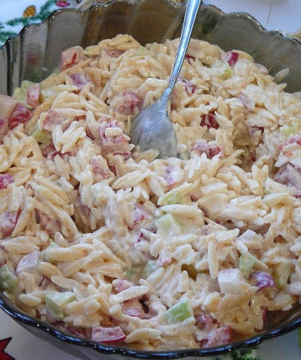 Sałatka z makaronem ryżowym - Jarskie