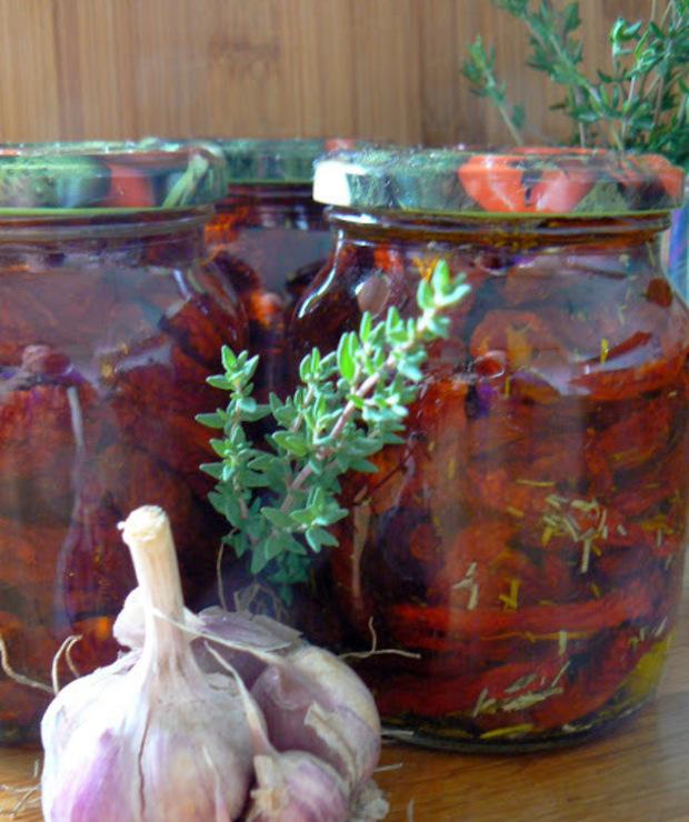 Domowe suszone pomidory w oliwie - Warzywne