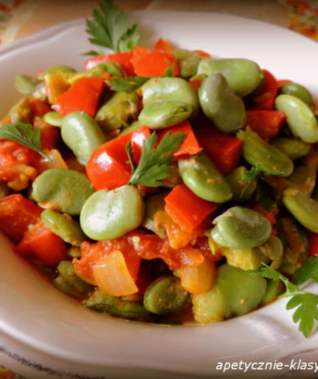AROMATYCZNY GULASZ Z BOBU - Warzywa