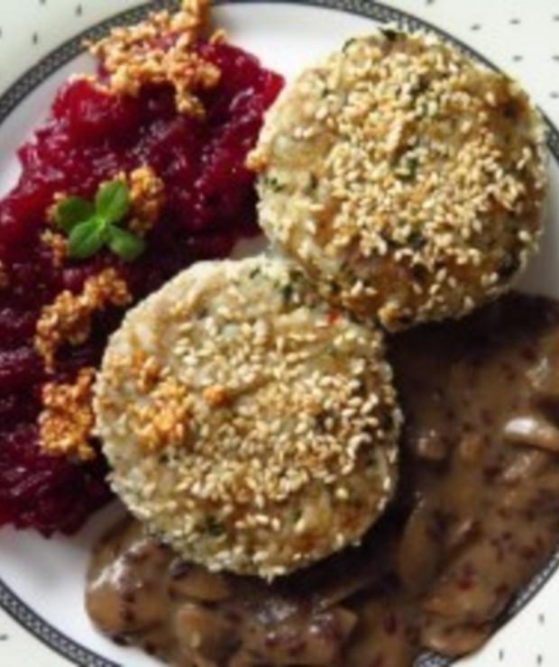 """""""Karminadle"""" czyli klopsy z ryżu i indyka w sosie pieczarkowym - Dania główne"""