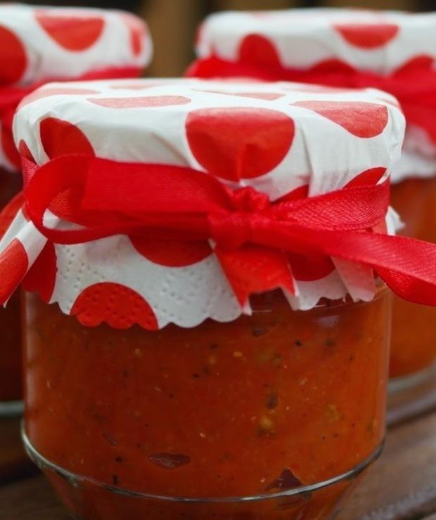Pesto z pieczonej papryki,grillowanego bakłażana i pomidorów. - Warzywne
