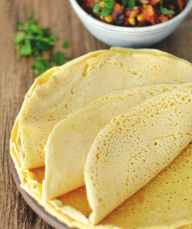 Tortilla z ciecierzycy i warzywne nadzienie, czyli jak wykorzystać resztki jedzenia. / Chickpea tortilla with veggie filling and how to use leftovers. - Warzywa