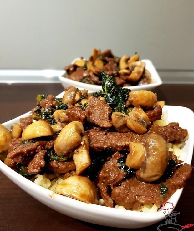 Wołowina stir-fry z imbirem, jarmużem i pieczarkami - Wołowina