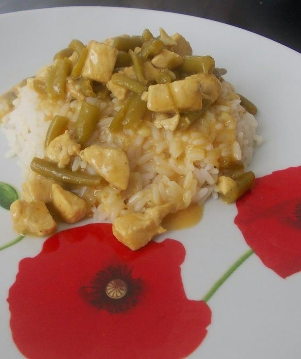 Kurczak z fasolką szparagową - Drób