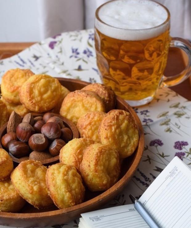 Pogacze – węgierska przekąska do piwa - Na gorąco