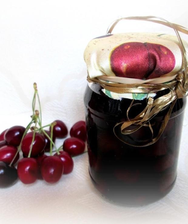 Wiśnie w rumie do ciast i deserów - Owocowe