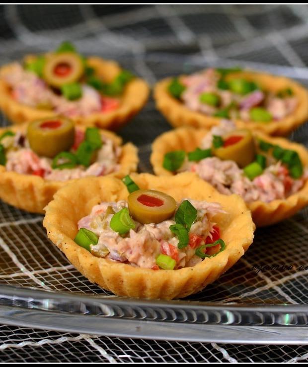 Kruche babeczki z pastą z tuńczyka - Na zimno